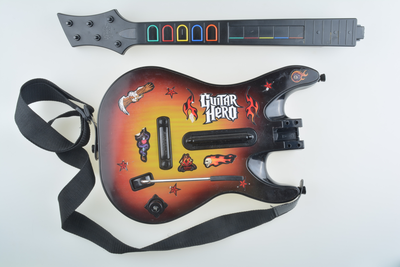 Guitar Hero Guitar - Wii - Outlet